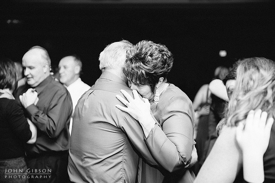 Slow dance in black and white